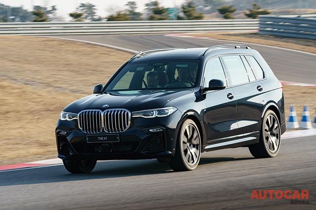 X7, BMW다운 플래그십 SAV