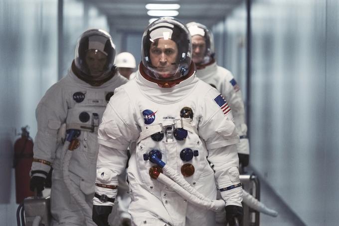 [씨네21] <퍼스트맨> 인류 최초로 달을 여행한 미국인 우주비행사 닐 암스트롱