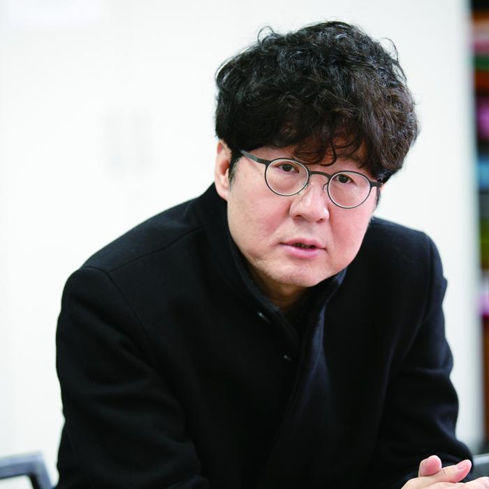 [에세이 초대석] 그래도 우리는 사랑을 한다 / 주철환, 서울문화재단 대표
