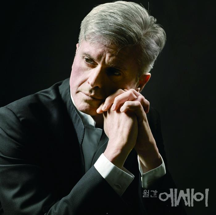 [만남] 음악, 나눔의 선물  / 마시모 자네티(Massimo Zanetti), 경기필하모닉오케스트라 음악감독