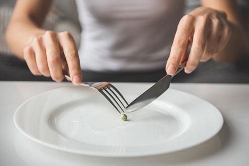 다이어트 | 미디어·브랜드·SNS, 완벽한 몸에 대한 환상 만들어내