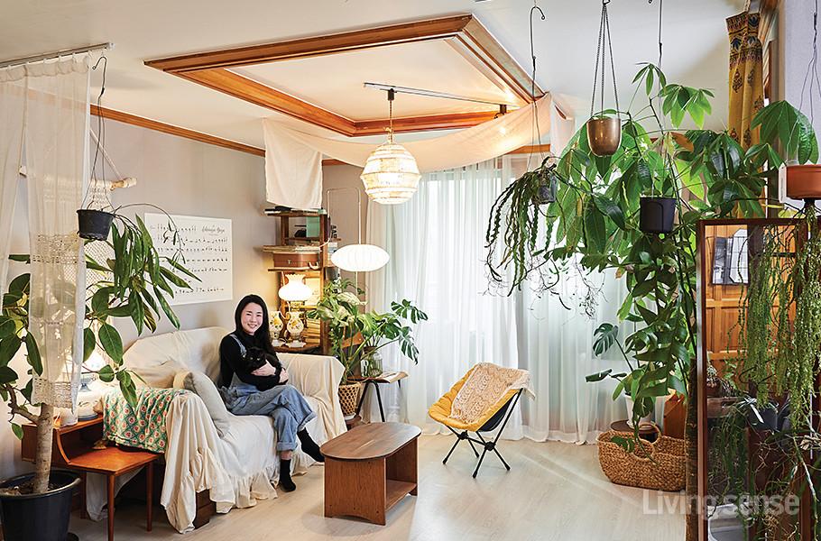 고양이, 식물 그리고 나  셀프 인테리어로 완성한 집