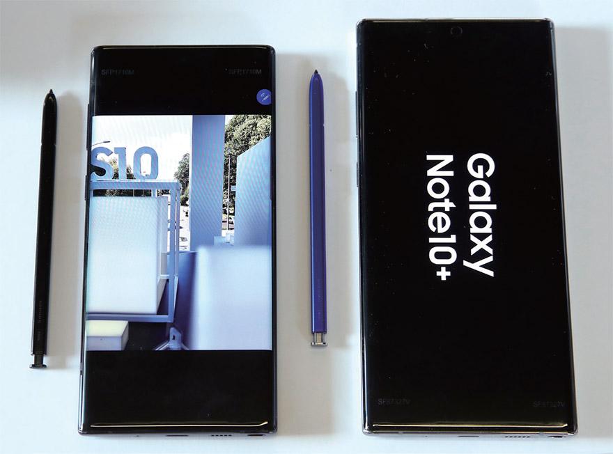 아이폰 XS 맥스 vs 갤럭시 노트 10+
