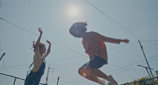 [영화: 1인칭 관찰자 시점] '벌새', 새록새록 돋아나는 감정들